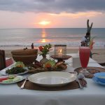 sunset dinner di jimbaran