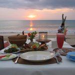 sunset dinner di jimbaran