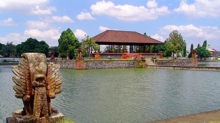 taman Mayura Lombok
