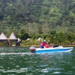 Naik Speed Boat di Bedugul