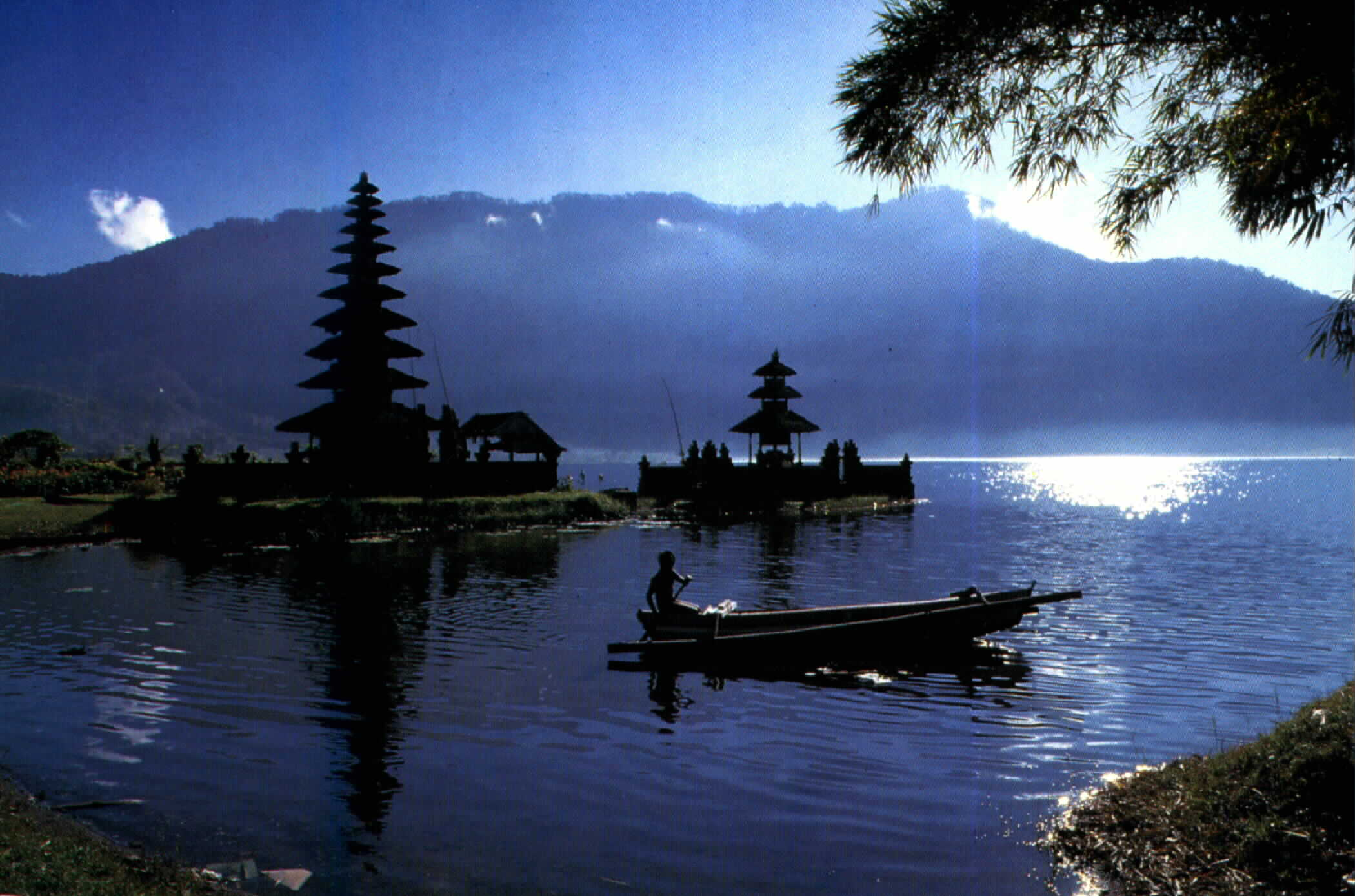 Kunjungi Keindahan Lembah Bali Utara Dengan Pa