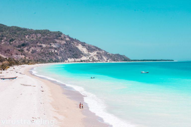 Cantiknya Pantai Kolbano di Kupang