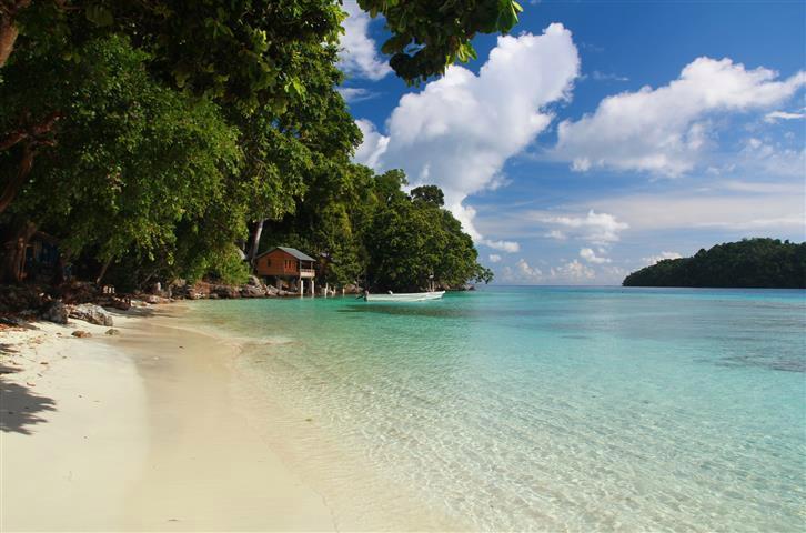 Jelajahi Beragam Pantai di Pulau Weh Sabang